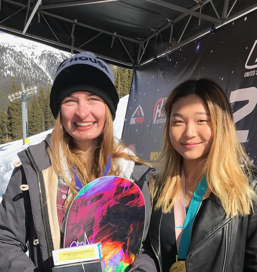 Katie Gardner receiving her award from Chloe Kim